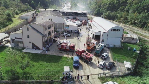 Araklı'da fabrika yangını