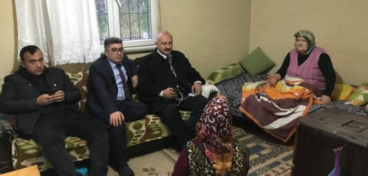 Kaymakam Çetin ve Başkan Çebi'den Hastalara Moral Ziyareti