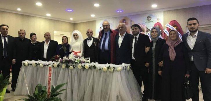 Başkan Çebi, Gençleri Mutlu Günlerinde Yalnız Bırakmadı