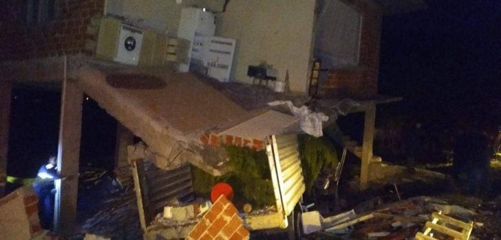 Araklı'da feci kaza! Evin yarısı çöktü…