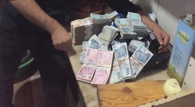 Sipariş kolilerinden 300 bin lira çıktı