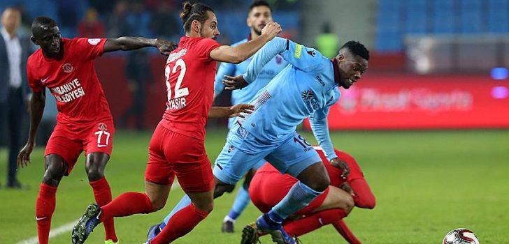 Trabzonspor turu İstanbul'a bıraktı