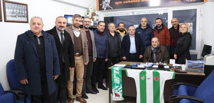 Artvin'de Trabzonspor Futbol Okulu açılıyor