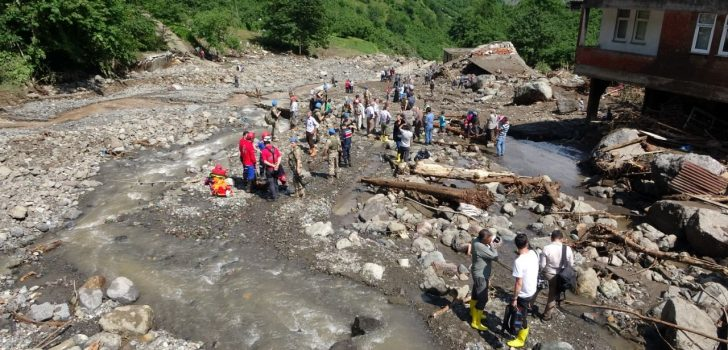 Araklı'da arama kurtarma ekibinden 5 kişi hastanelik oldu