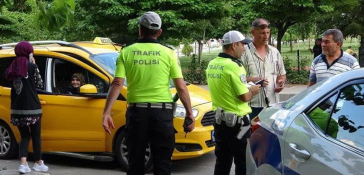 Trabzon'da taksiler denetlendi