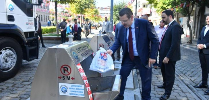 Ahmet Metin Genç yer altı çöp konteynırlarını inceledi: Bir ilki başardık!