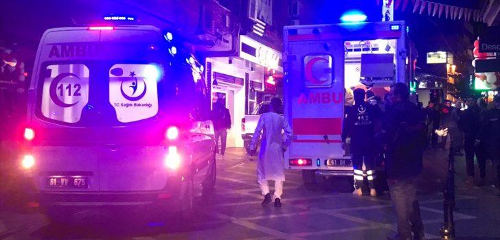 Düğünde maytap dumanından etkilenen 20 Afgan tedaviye alındı