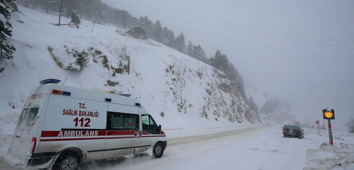 Gümüşhane-Trabzon kara yolunun Zigana Dağı geçişi yeniden ulaşıma açıldı