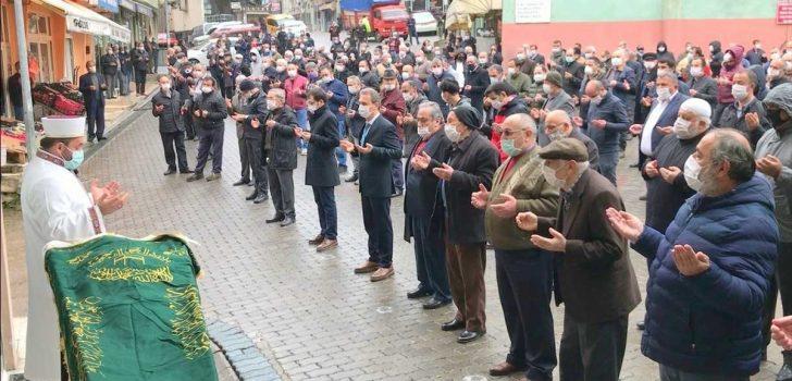 Eski Şalpazarı Belediye Başkanı Hüseyin Hasan Cengiz son yolculuğuna uğurlandı