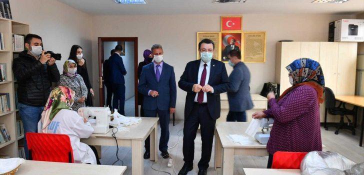 Ortahisar Belediyesi tıbbi maske üretimine başladı