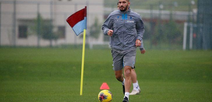Trabzonsporlu futbolcular gruplar halinde çalışmalarını sürdürdü