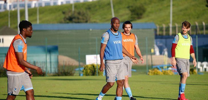 Trabzonspor, çalışmalarını akşam antrenmanıyla sürdürdü