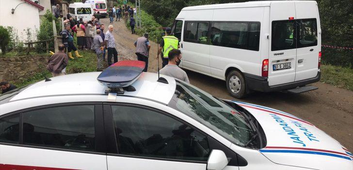 Trabzon'da otomobil uçuruma yuvarlandı: 1 ölü, 5 yaralı
