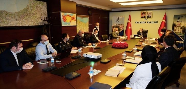 """Trabzon Valisi Ustoğlu'ndan """"akraba ve komşu ziyaretleri"""" uyarısı:"""