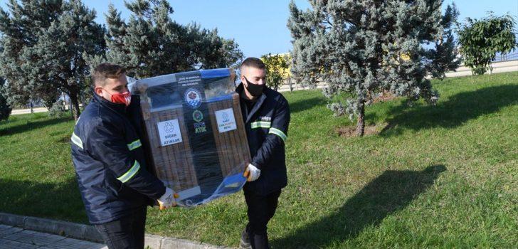 Büyükşehir Belediyesi 744 noktaya ikili sıfır atık setleri yerleştirmeye başladı