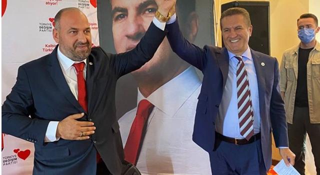 TDP Genel Başkanı Sarıgül, Trabzon'da partisinin il kongresine katıldı