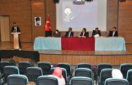 """Trabzon'da """"Teknoloji Bağımlılığı"""" konulu panel düzenlendi"""
