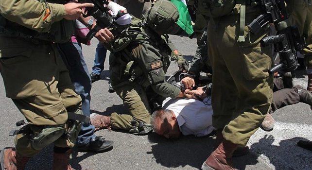 İsrail askerlerinden Filistinlilerin evlerine gece baskını: 20 gözaltı