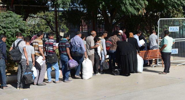 Sığınmacıların Türkiye'ye dönüşleri sürüyor