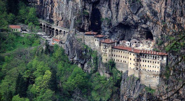 Trabzon'da Sümela Manastırı'nın açılışına erteleme geldi!