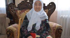 KOVİD-19 HASTALARI YAŞADIKLARINI ANLATIYOR – Bedriye Nine 98 yaşında Kovid-19'u yenerek yaşama tutundu