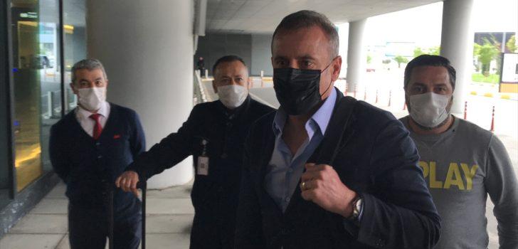 Teknik direktör Abdullah Avcı Trabzon'a gitti