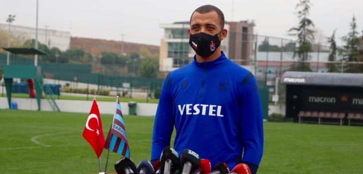 """Trabzonspor'un savunma oyuncusu Vitor Hugo: """"Hedefimiz en tepe"""""""