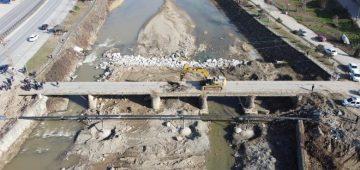 Sanayi Köprüsü Yıkılıyor