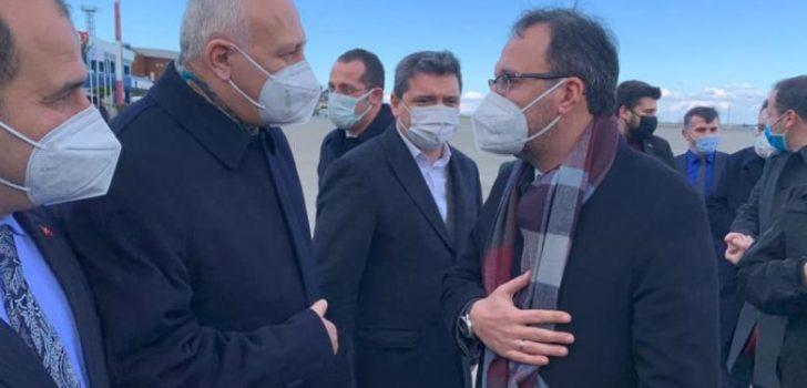 Başkan Çebi Spor Bakanı Kasapoğlu'nu Havaalanında Karşıladı