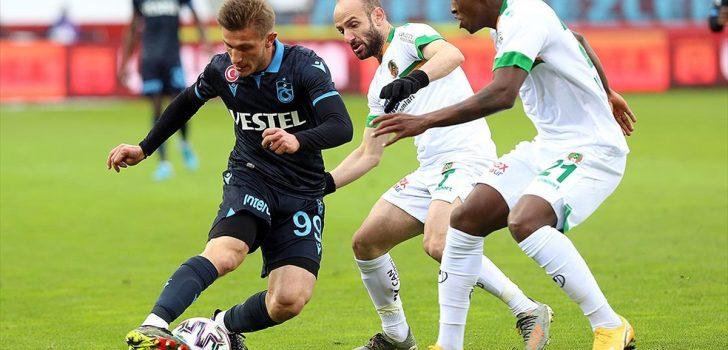 Trabzonspor zirve yarışında yara aldı