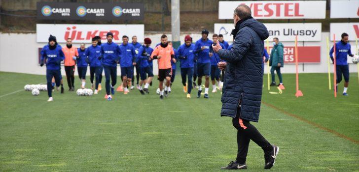 Trabzonspor Teknik Direktörü Abdullah Avcı'dan milli ara değerlendirmesi: