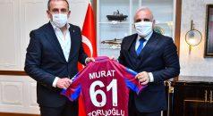 Trabzonspor Teknik Direktörü Avcı'dan, Büyükşehir Belediye Başkanı Zorluoğlu'na ziyaret