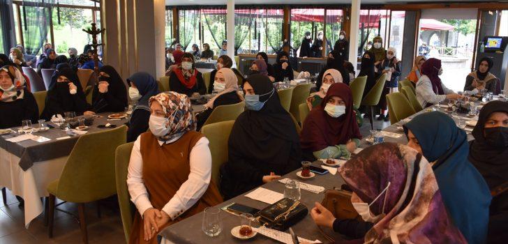 """Mescid-i Aksa'nın gönüllü kadın muhafızı Huveys: """"Bana uygulanan yasaklar bitince bir yenisi daha başlıyor"""""""
