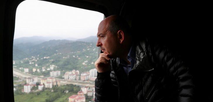 İçişleri Bakanı Süleyman Soylu, Artvin'de selin etkili olduğu alanları havadan inceledi
