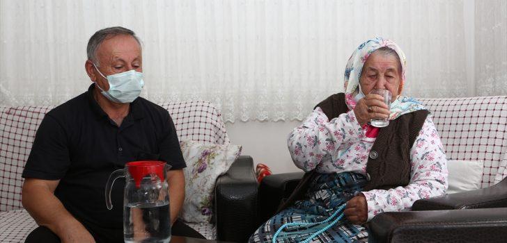 Trabzon'da 106 yaşında Kovid-19'u yenen Nuriye Özkan'dan aşı çağrısı: